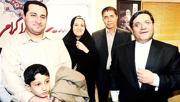 ارائه جزییاتی از هفت سال زندان و ملاقات آخر قبل از اعدام توسط مادر شهرام امیری