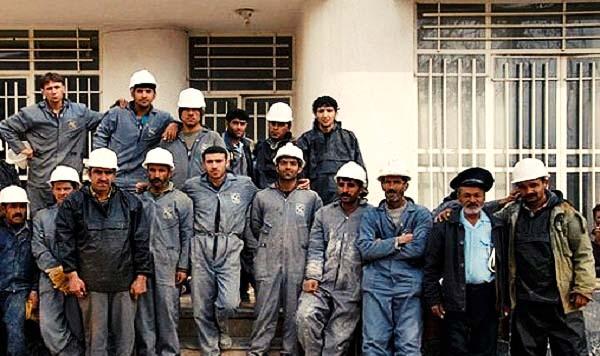 کارگران نفت و گاز گچساران خطاب به وزیر کار: منتظر تحقق وعدهها هستیم