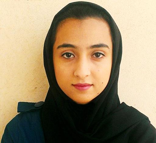 پس از شش ماه بی خبری؛ منیژه فاتحی در بازداشتگاه اطلاعات مهاباد به سر می برد