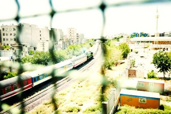 حرکت اعتراضی مردم ورامین نسبت به عدم تعمیر زیرگذر باغ صالح با مسدود کردن خط آهن تهران – مشهد