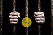 دادستان تهران: بازداشت یک ایرانی دو تابعیتی به اتهام «جاسوسی»