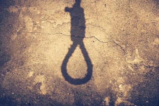 انتقال یک زندانی به سلول انفرادی زندان پارسیلون خرم آباد جهت اجرای حکم اعدام