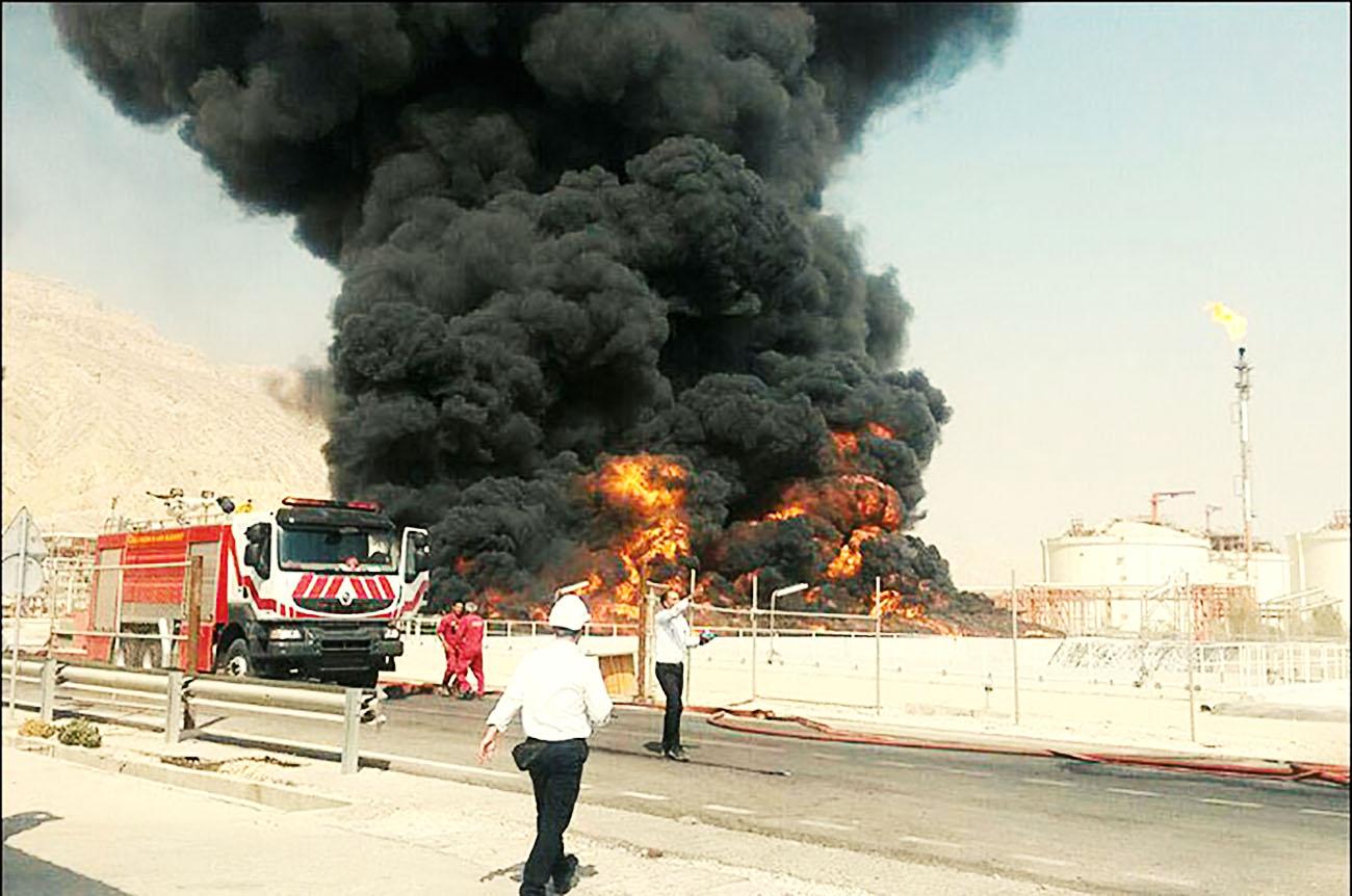 مصدومیت ۴ کارگر براثر آتشسوزی در پارس جنوبی