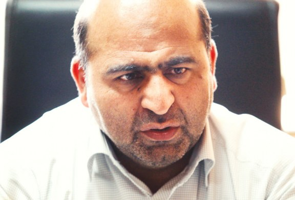یکی از اعضای شورای شهر: روزنامه نگار افشا کننده فساد مالی یک هفته خواهرش دست داعش باشد تا بفهمد!