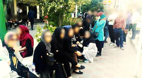 تجمع شاگردان محمدعلی طاهری در مقابل بیمارستان بقیه الله در فضای امنیتی/ نوشتن نامه به دفتر سازمان ملل در تهران