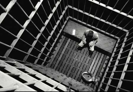 علی ماوت، زندانی عقیدتی، همچنان در اعتصاب غذا بهسر میبرد