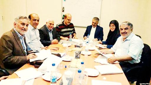 حجتی کرمانی: «حکم دادگاه هفت فعال سیاسی ده روز آینده صادر میشود»