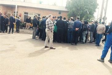 تجمع کارگران شیشه قزوین به روز ششم رسید