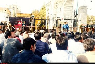 تجمع کارگزاران صندوق بیمه کشاورزی مقابل مجلس؛ بیمهگزار هستیم ولی بیمه نیستیم