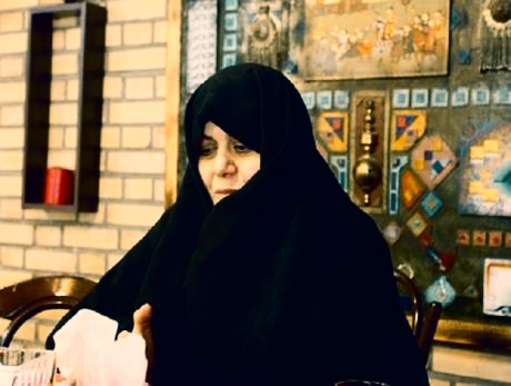 دبیر مجمع زنان فرهیخته انقلاب اسلامی: در مناطق گرمسیر دختران میتوانند زود ازدواج کنند