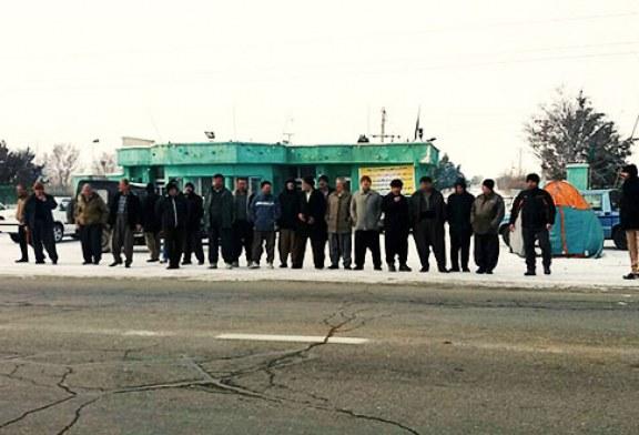 سی و هشت روز تجمع کارگران کشت و صنعت در هوای سرد