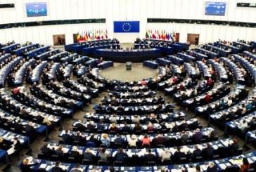 """اتحادیه اروپا تحریم ۸۲ مقام ایرانی را به دلیل """"نقض جدی حقوق بشر"""" تمدید کرد"""