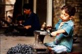 مصائب کودکان کارگری که تنها زندگی میکنند