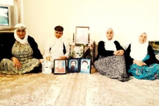 مراسم یادبود اعدامشدگان «۱۹ اردیبهشت» در سنندج برگزار شد