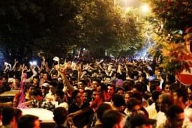 دستگیری جمعی از شهروندان تهرانی از سوی نیروهای امنیتی در جریان تجمعات پیش از انتخابات