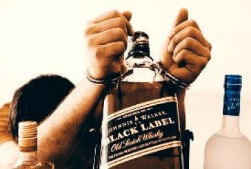 بازداشت و ضرب و شتم نوجوان زابلی به اتهام «حمل مشروبات الکلی»