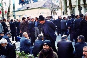 تجمع اعتراضی کارگران شرکت کشت و صنعت نیشکر هفتتپه/بسته شدن محور ترانزیتی شوش ـ اهواز توسط کارگران