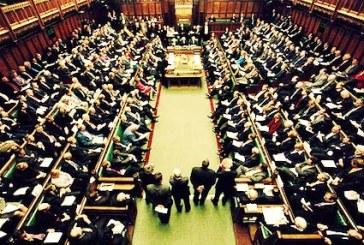 ابراز نگرانی نمایندگان پارلمان بریتانیا درباره موارد گسترده از نقض حقوق بشر در ایران