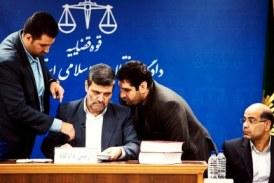 «محروم شدن از حق دفاع در ایران»؛ ارائه لیست بیست نفره وکلای مورد تأیید قوه قضاییه برای متهمان سیاسی و عقیدتی