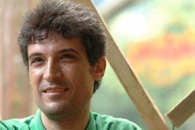 «علیه نفرتپراکنی»؛ یادداشت فرهاد میثمی، وکیل دادگستری محبوس در زندان رجائیشهر کرج